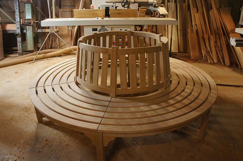 Banc circulaire en bois for Banc de jardin en bois leroy merlin