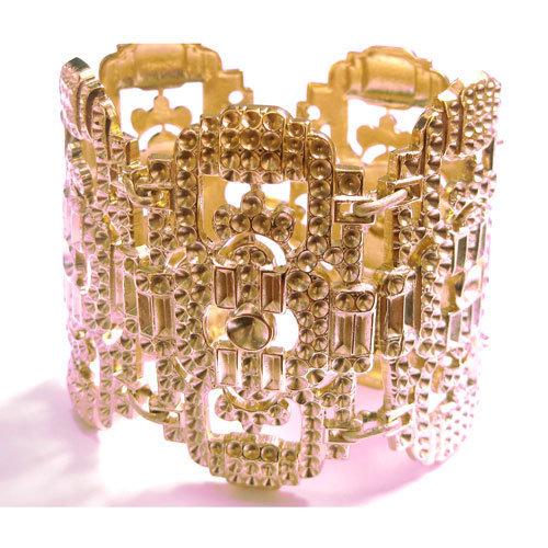 bracelet manchette alma femme laiton dor aime 190 eur comptoir des filles. Black Bedroom Furniture Sets. Home Design Ideas