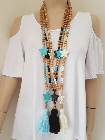 collier perle et pompon