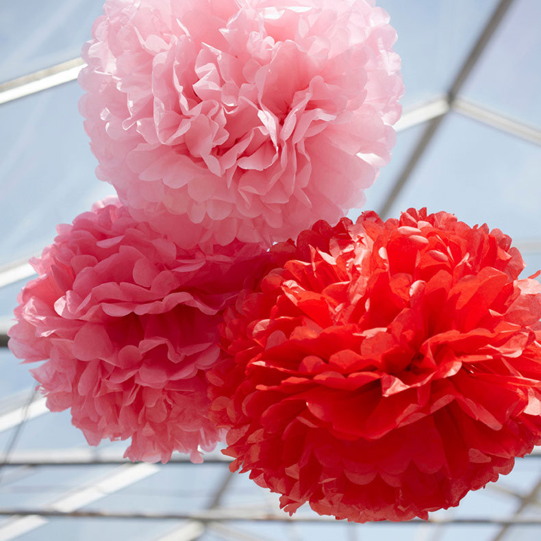 Fabuleux Pom decorative paper balls by Engel - LAPADD YY53