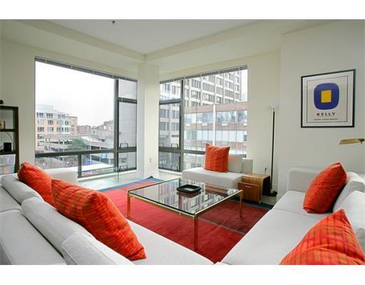 ArtBlock Loft Condos Livingroom