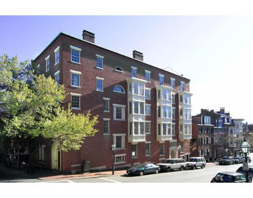 208 Mount Vernon Residences Boston, Exterior