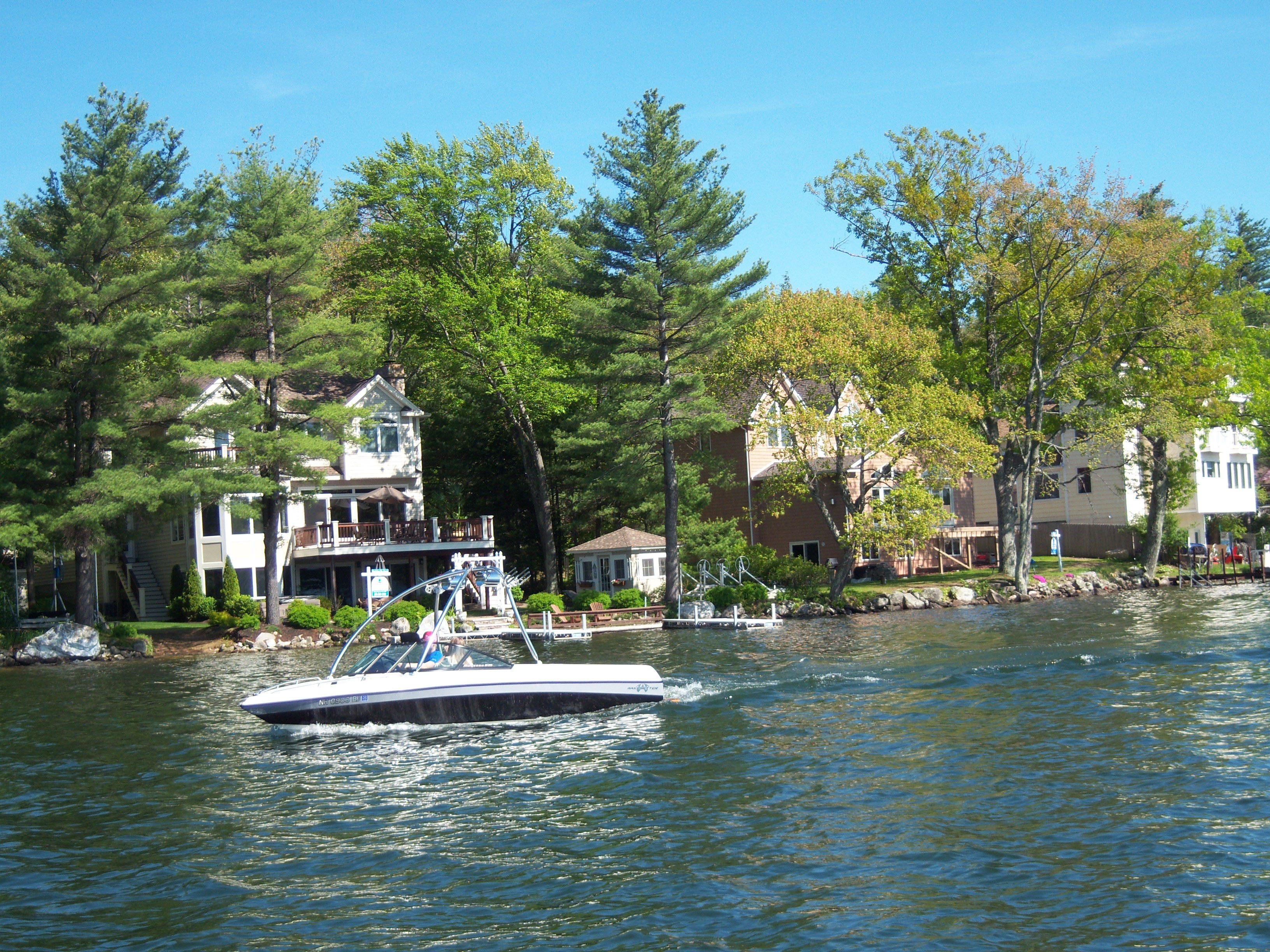 Windham nh waterfront homes and property for sale for Lake front homes