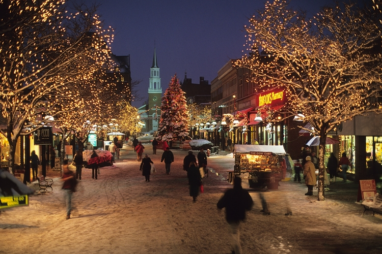 Burlington's Church Street During the Holiday Season