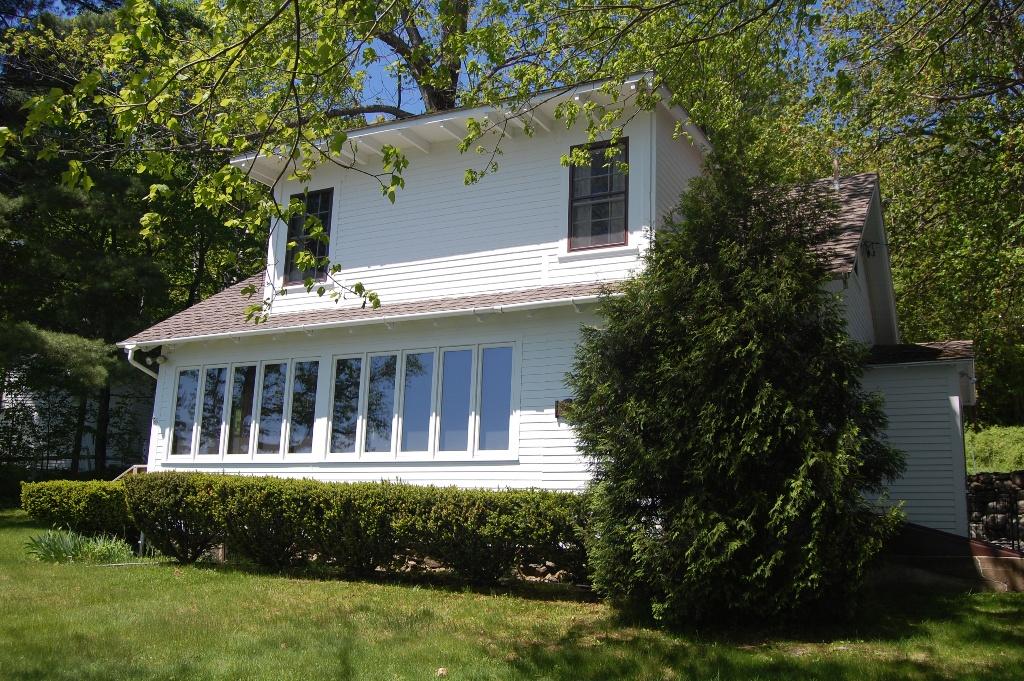 Affordable webster lake waterfront cottage lakes region for Affordable lakefront homes