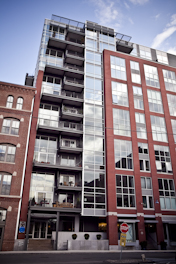 Channel Center Boston Luxury Apartment for Sale