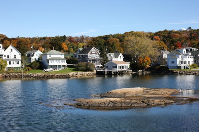 Midcoast Maine waterfront homes