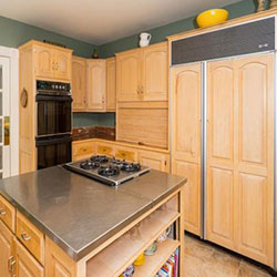 25 Blueberry Hill - kitchen