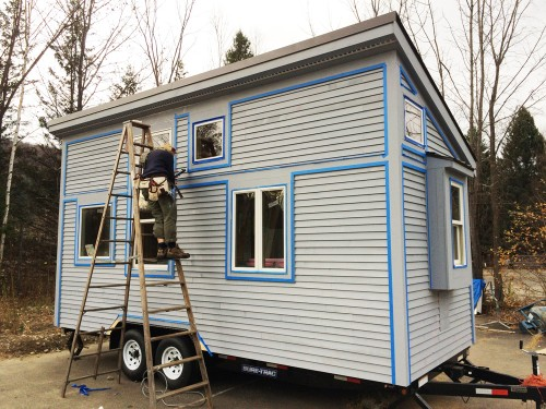 Tomai Tiny House pre painting e