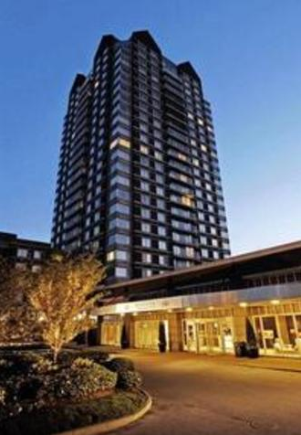 Regatta Riverview Boston Luxury Apartments