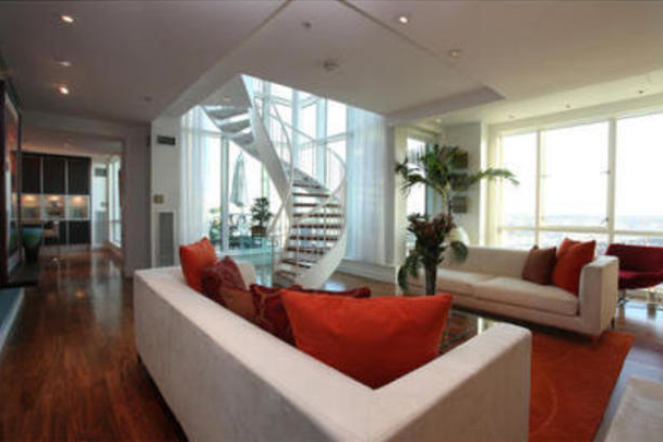 The Metropolitan Boston MA Real Estate