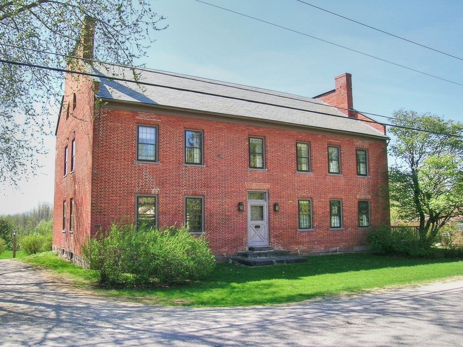 1812 Tavern, Charlotte, VT