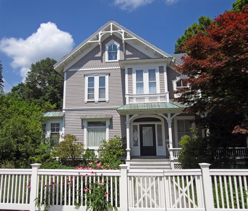 619A Washington Street Wellesley MA 02482