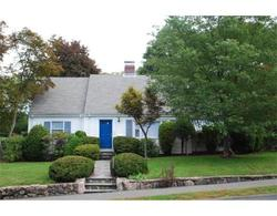 Wellesley MA Classic Four Bedroom Real Estate