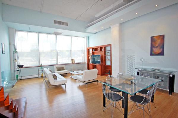 Gorgeous Porter 156 loft livingroom