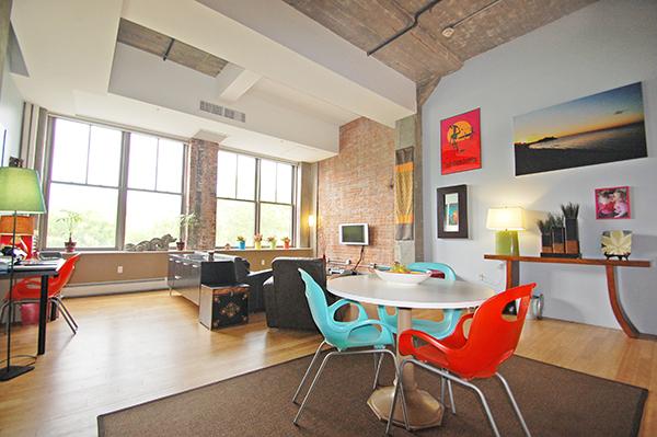 Porter 156 living room