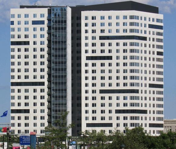 Boston Luxury Apartments: 100 Pier 4 Boston - Luxury Apartments