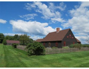401 Huckle Hill Rd, Bernardston, Massachusetts