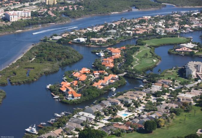 Jonathan's Landing Golf Course Community in Jupiter FL