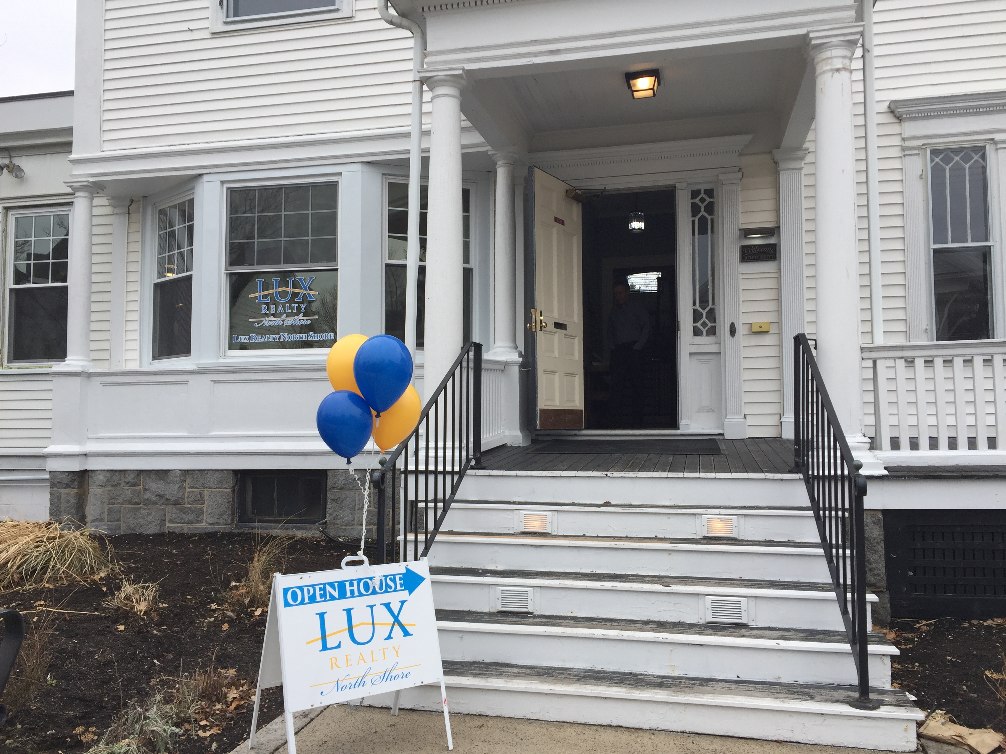lux realty north shore dane street office beverly ma