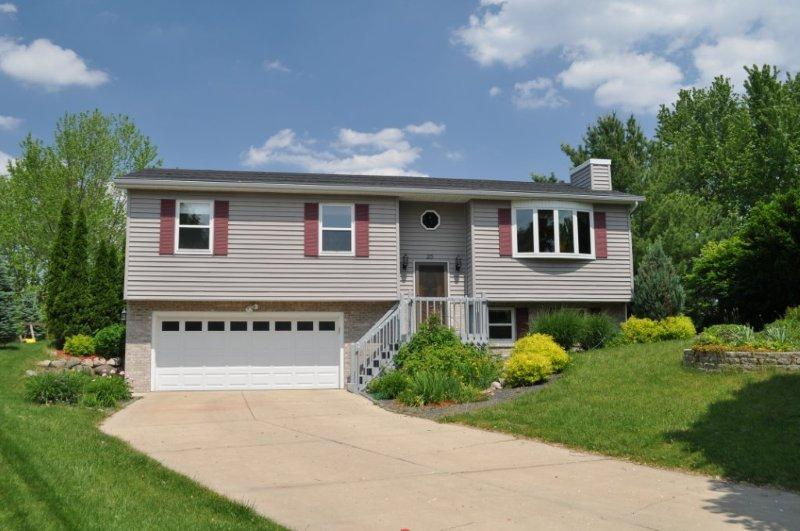 25 Geronimo Circle Madison, WI - Home For Sale