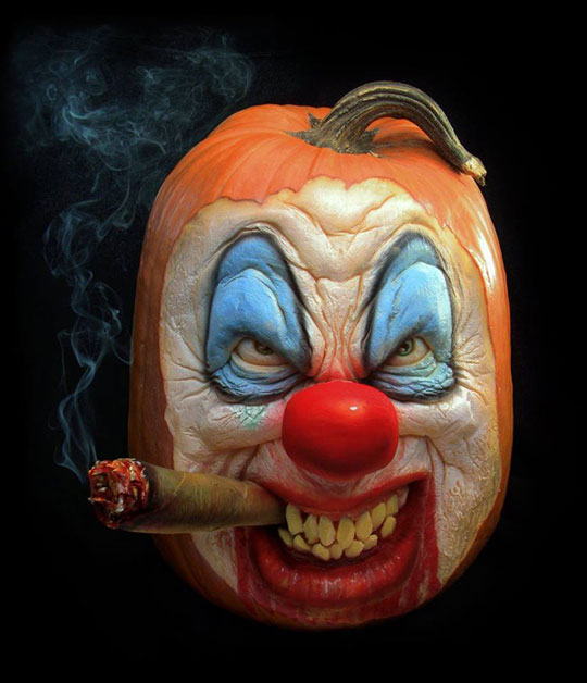 pumpkin carving by ray villafane studios (11)