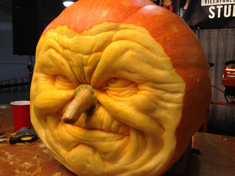 pumpkin carving by ray villafane studios (8)