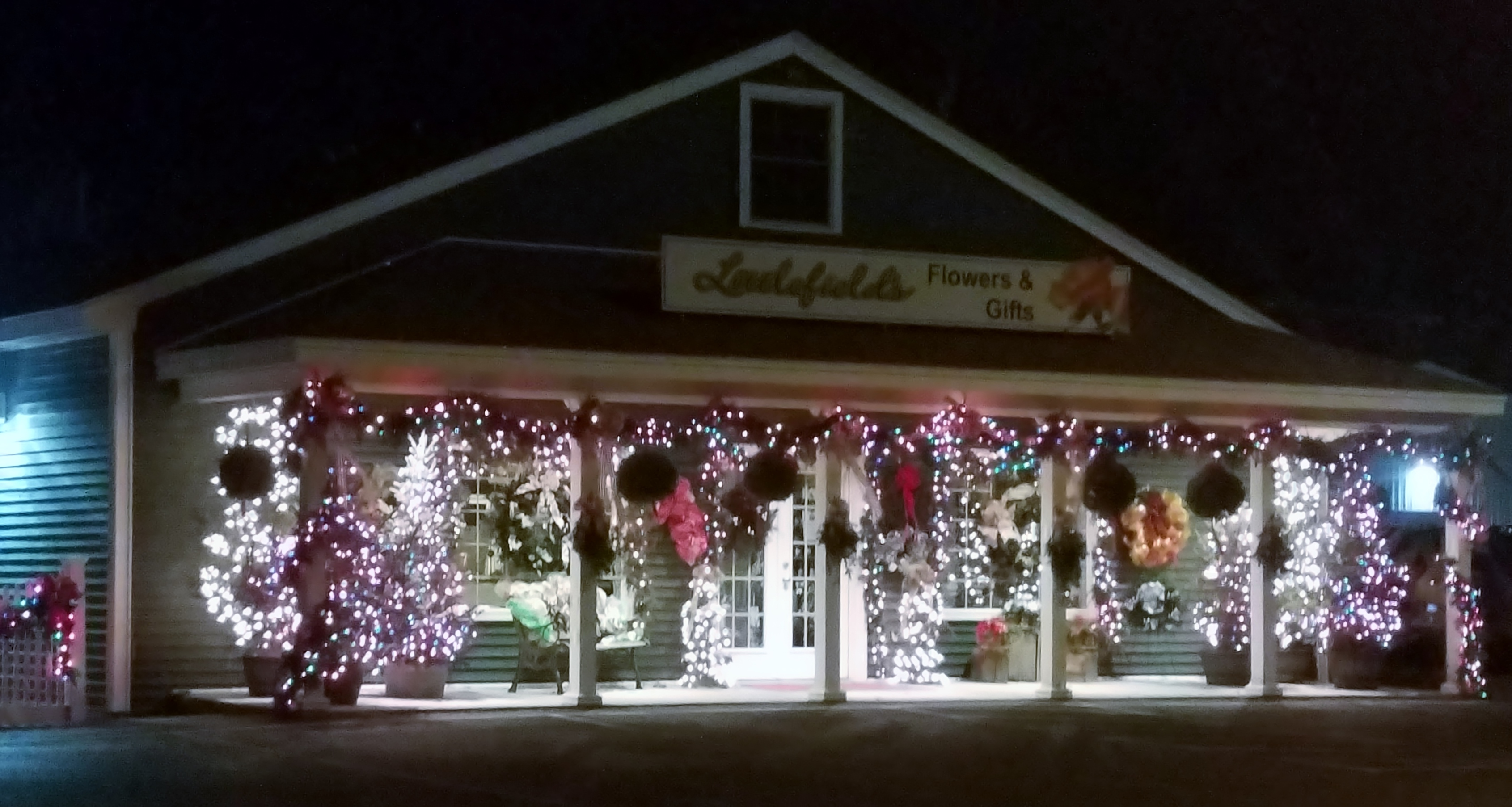 Littlefields Flowers and Gift Shop