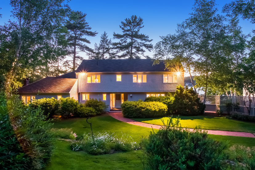 58 Eaglmere Road listed by Nicole Watkins sparkles a t twilight.