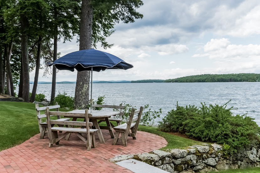 Lakeside Lawn at 58 Eaglemere Road on Winnipesauke. Just 5 minutes from Wolfeboro, New Hampshire.