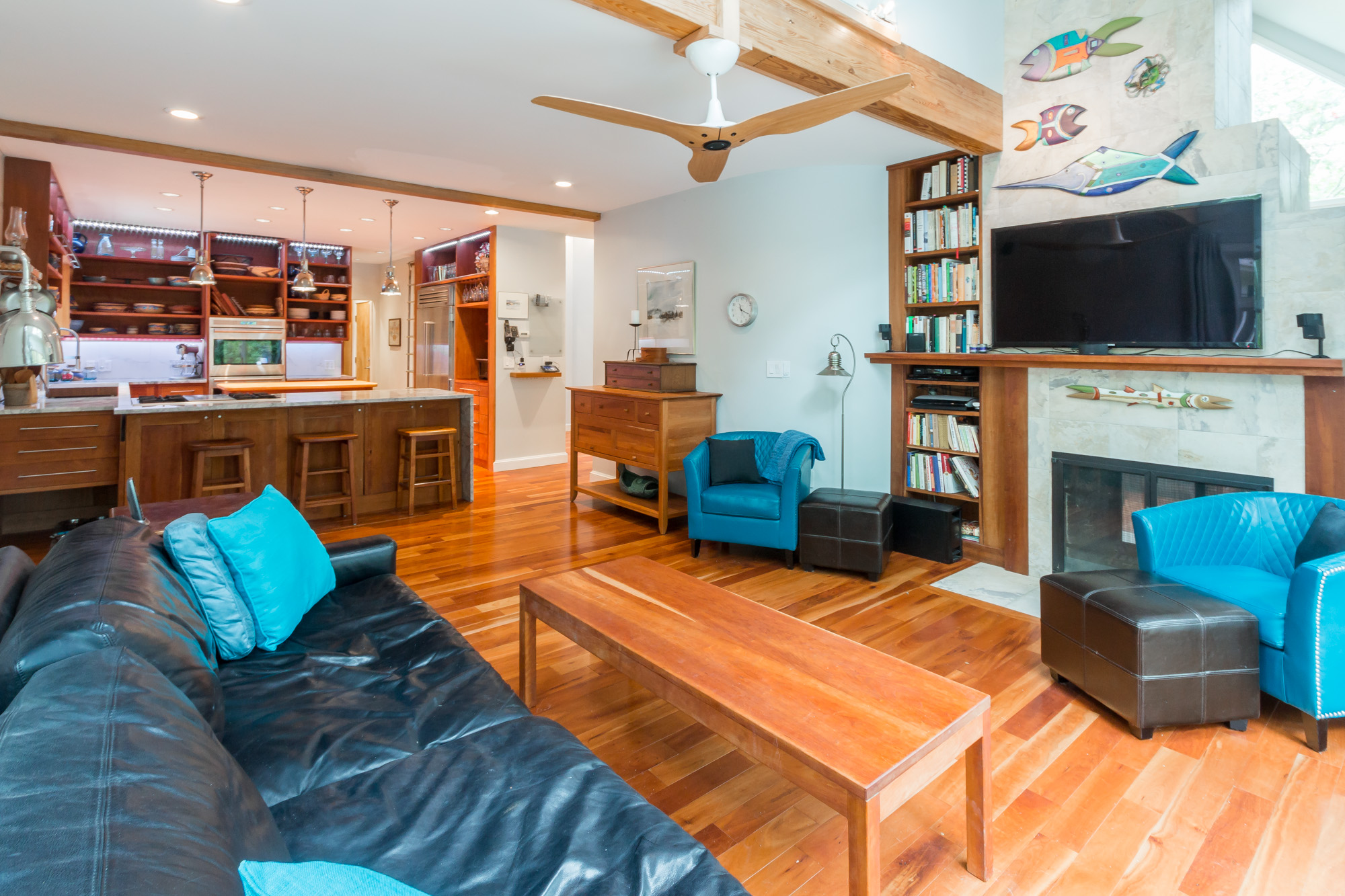 29 Bayes Hill Rd - living area
