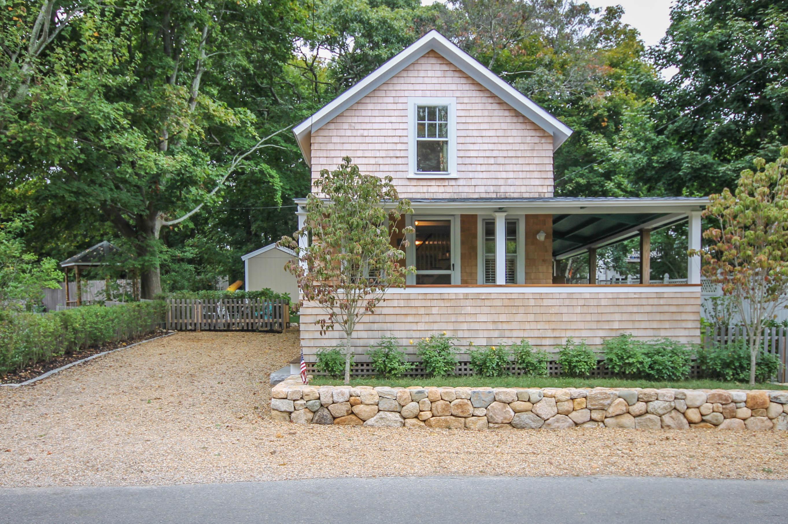 Homes for Sale in Oak Bluffs