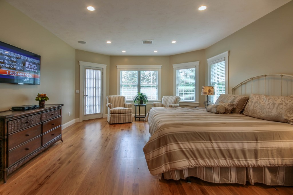 Oak Bluffs Luxury Homes
