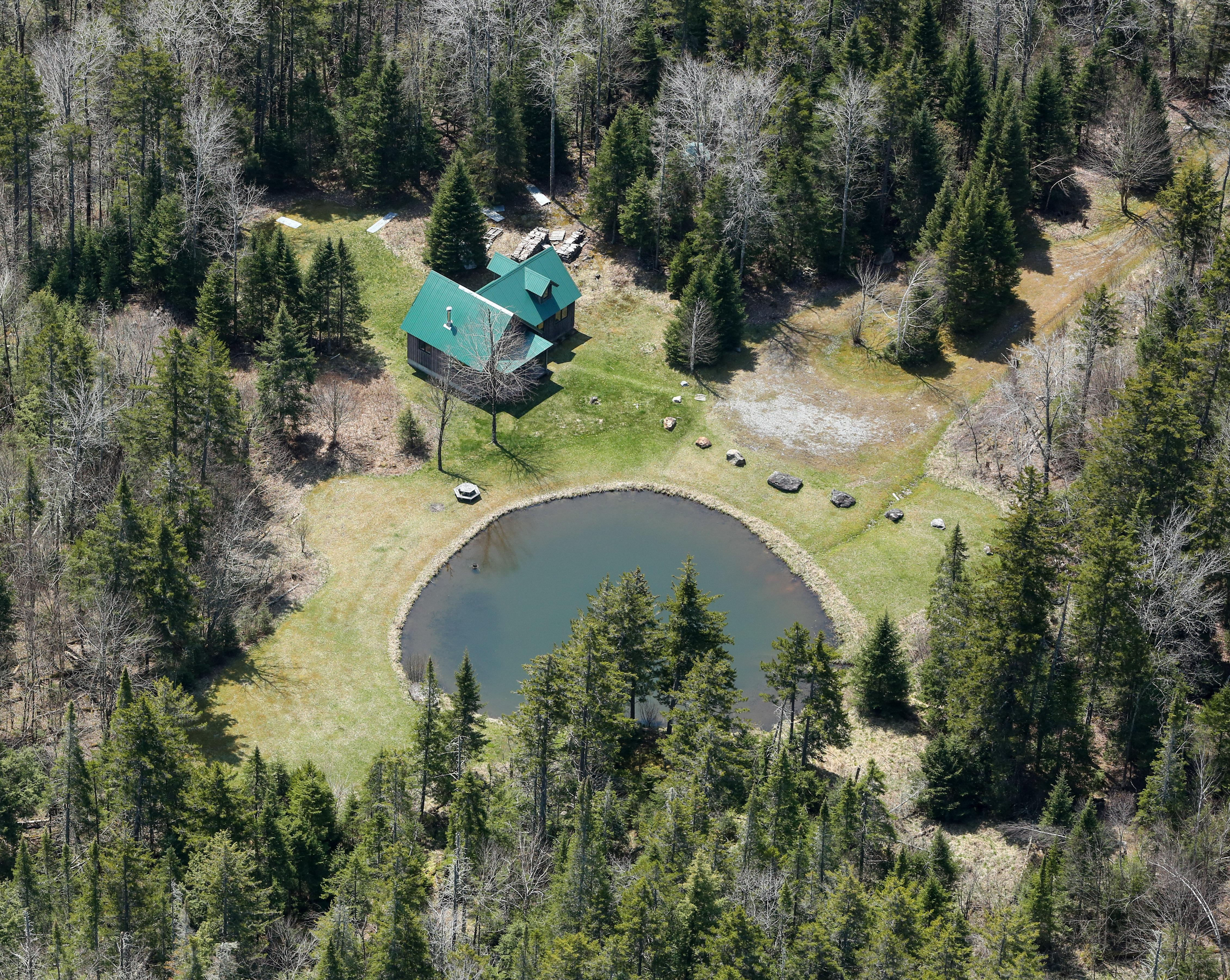 Adirondack Home in Lincoln Vermont