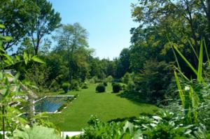 409 Round Hill Gardens-352x234
