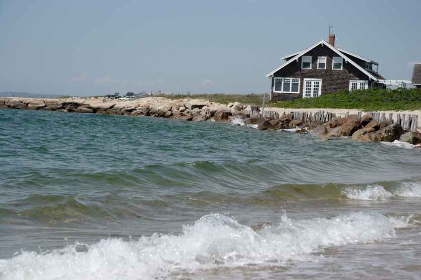 Guide to buying cape cod property cape cod real estate for Cape cod beach homes for sale