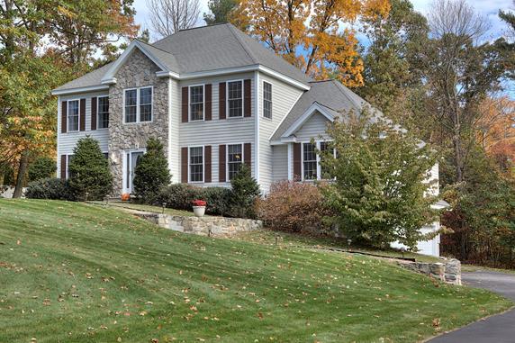Pelham NH Real Estate Market