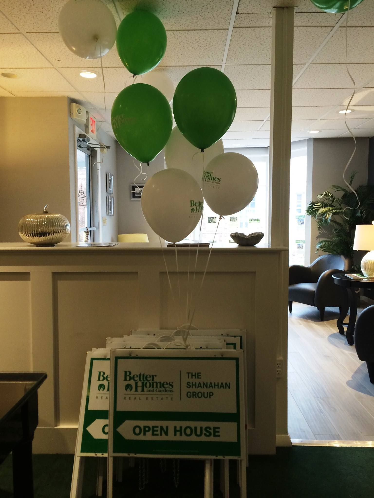 Balloons in the Office