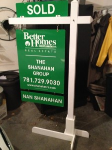 New Better Homes and Gardens Signs