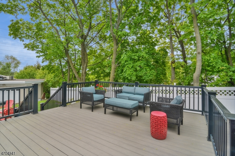 4 Hickory Rd Nutley - deck
