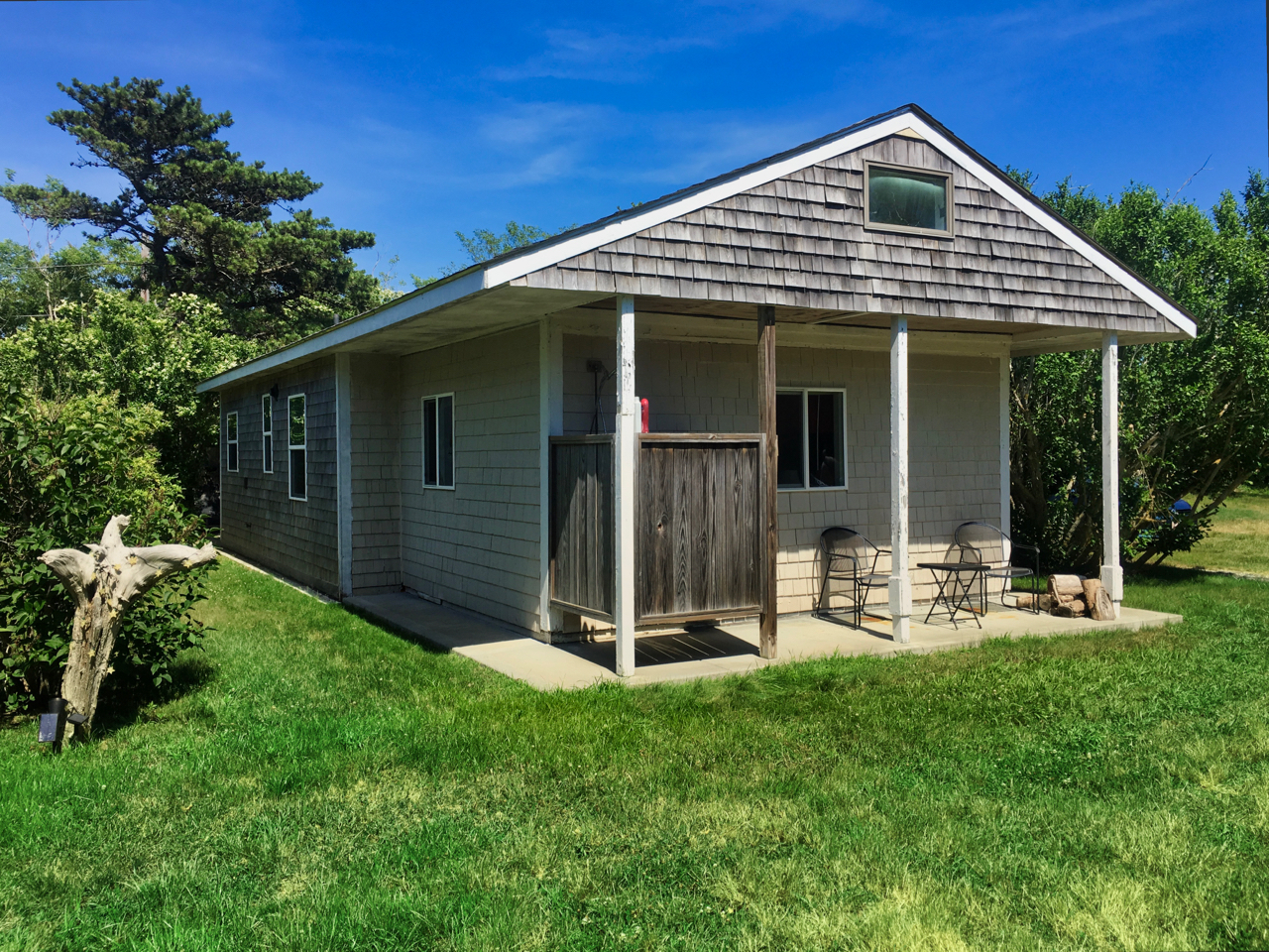 Two Bedroom Cottage above Pilgrim Pake, North Truro, Cape Cod