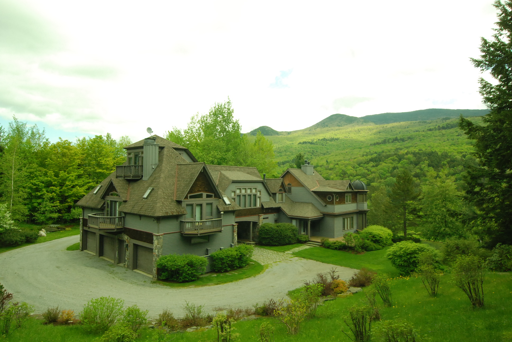 Stowe Vt Luxury 6 Bed 6 Bath Home For Sale 2 5