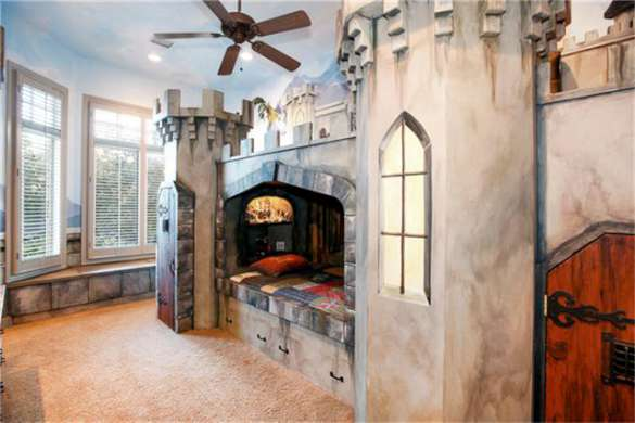 5-King-of-the-Castle-Child-Bedroom-Experience1
