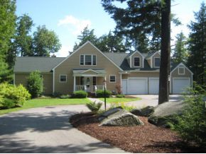 Lake Winnipesaukee Home for Sale in Meredith, NH