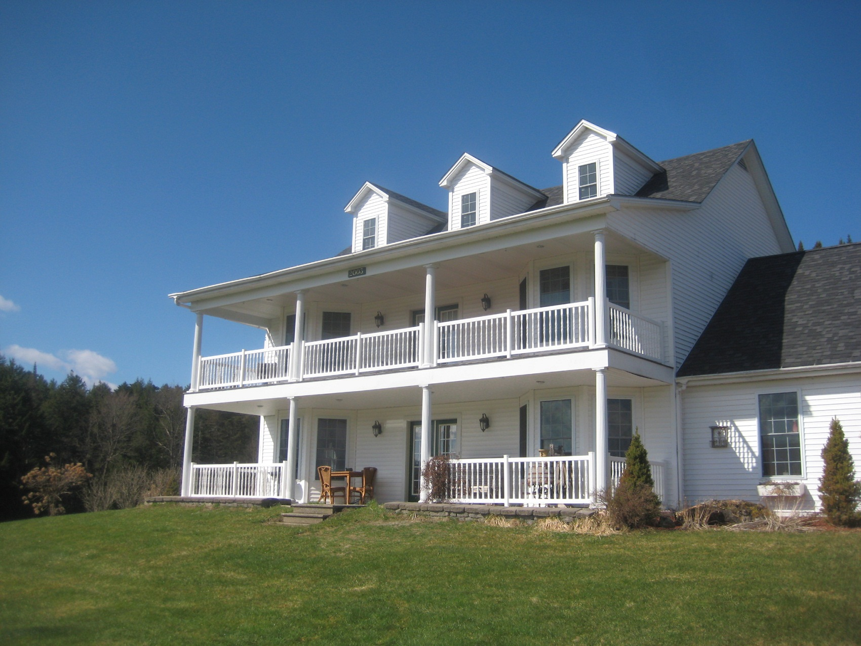 Luxury homes for sale in marshfield vermont heney realtors for Home builders in vermont