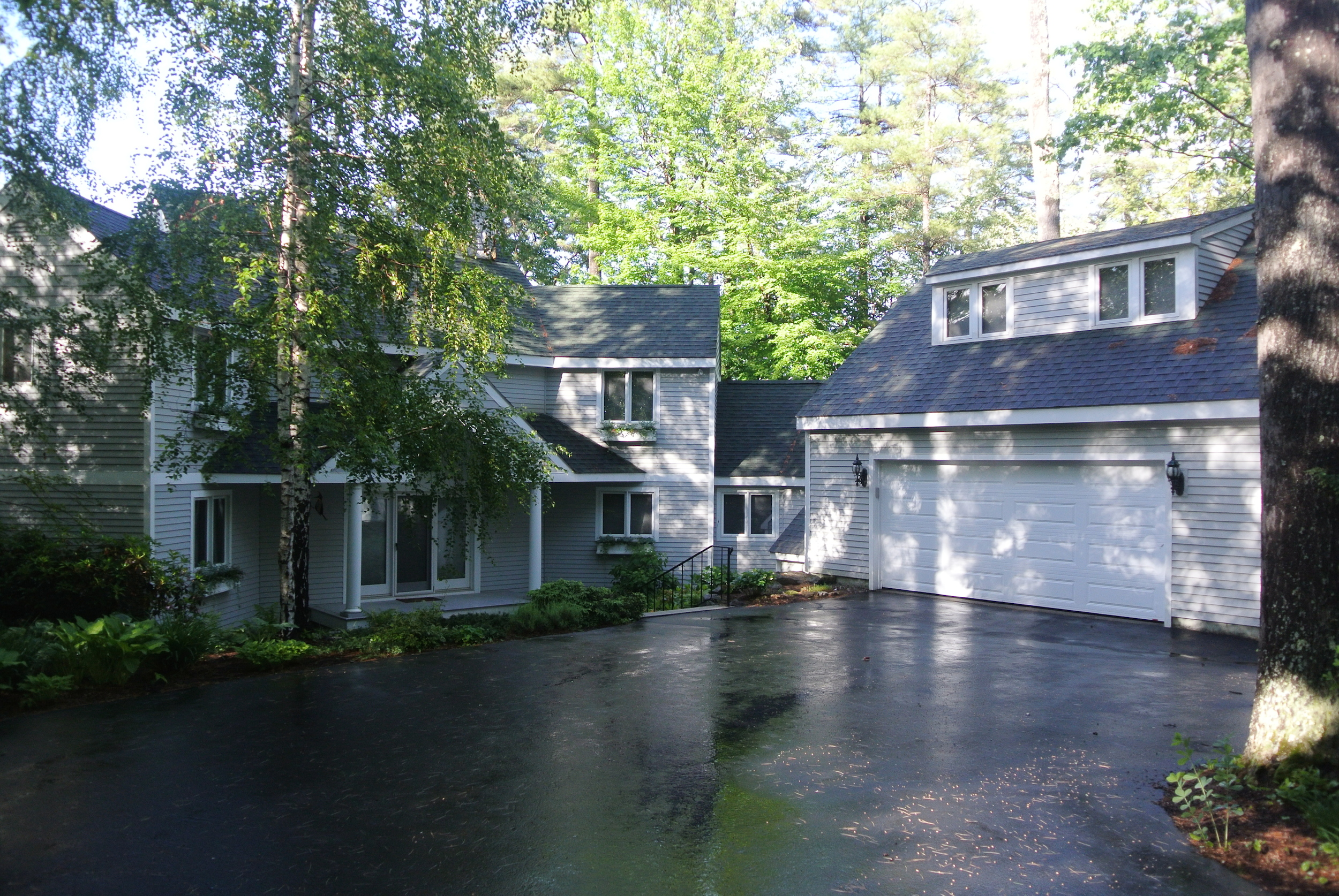Lake Sunapee Real Estate - Lakefront Sunapee home for sale