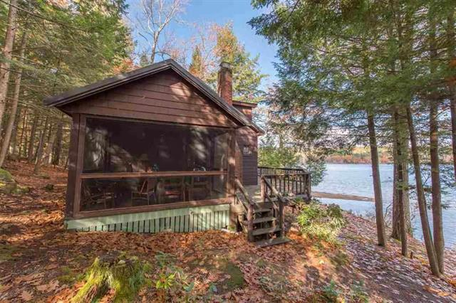 Cottage on Dan Hole Pond - NH lake Homes for Sale