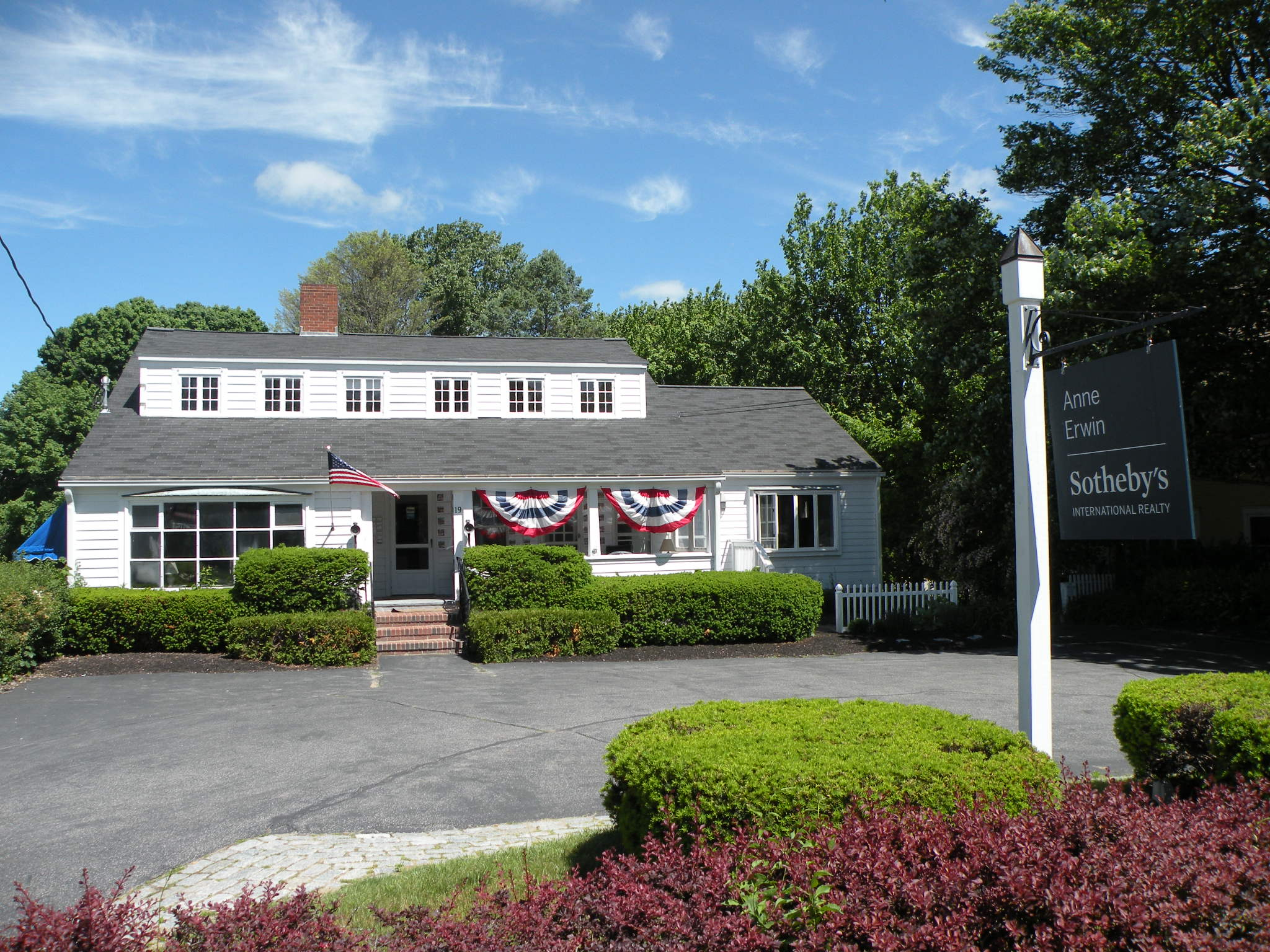 anne erwin sotheby's international realty office - ogunquit