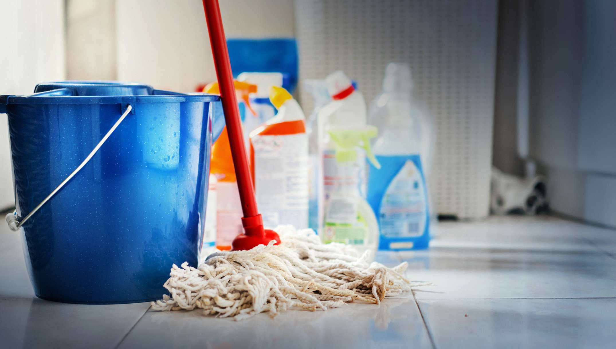 mop pale and cleaning supplies