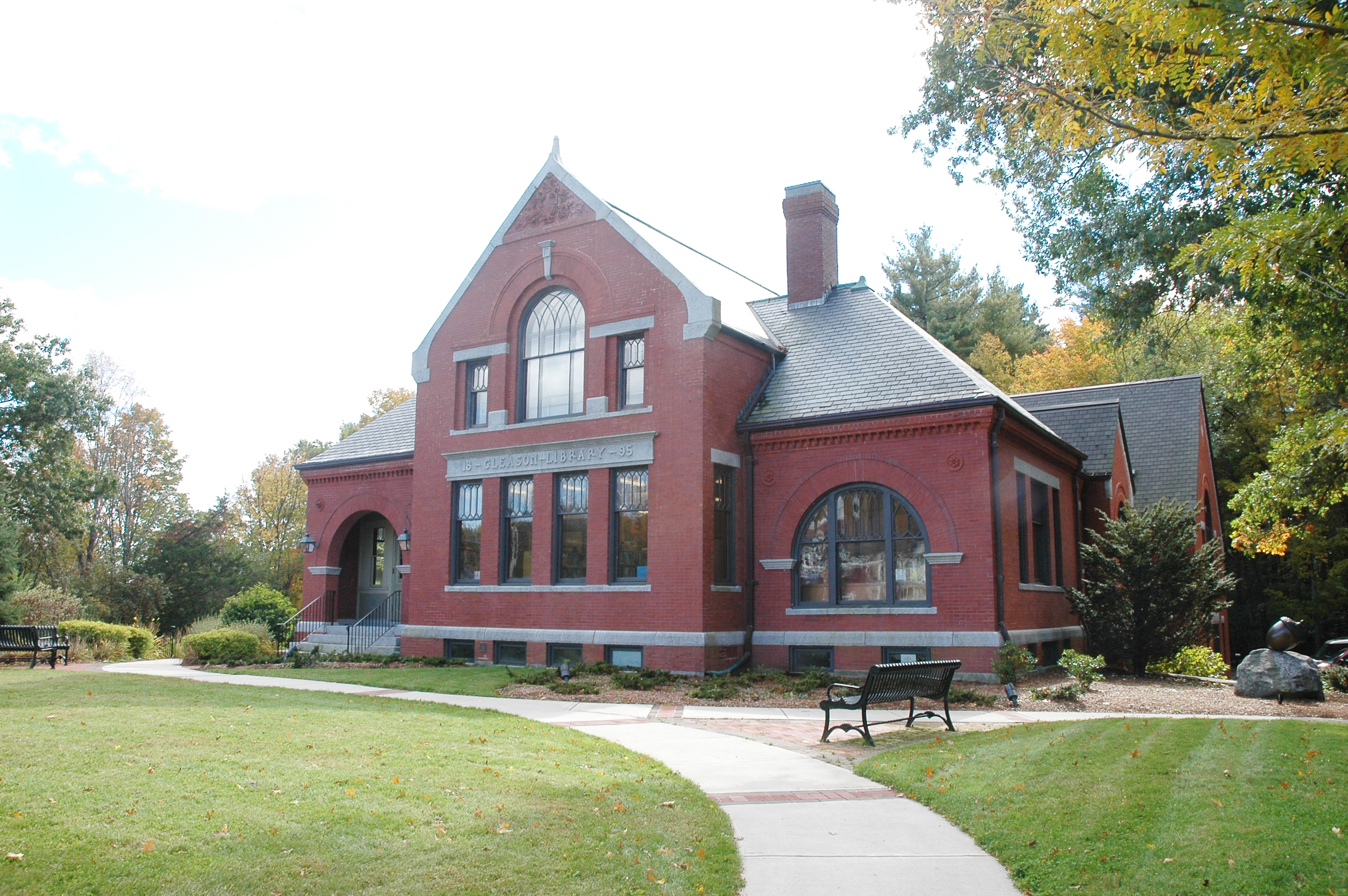 Tables amp chairs children s boxborough library library interiors - Once Described By Thoreau As The City Of The Woods Carlisle Massachusetts Is Next On Tour For Our Loving Local Life Series Our Second To Last Stop